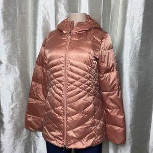 1021 The North Face women's 550 puffer 3/4 coat w/hood size medium